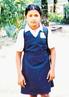 NIBONG TEBAL, 18 Nov. -- S. Subashini,12, pelajar Sekolah Rendah Jenis Kebangsaan Tamil (SRJKT) Ladang Sempah dipercayai membunuh diri dengan menggantungkan diri menggunakan kain selimut akibat kecewa kerana memperolehi pangkat D dalam matapelajaran Pemahaman (Bahasa Malaysia) Ujian Penilaian Sekolah Rendah (UPSR) baru-baru ini. Subashini ditemui tergantung di jeriji tingkap bilik tidur oleh kakaknya. Subashini memperolehi 4 B, 2 C dan 1 D dalam UPSR 2007 yang diumumkan baru-baru ini. -- fotoBERNAMA HAKCIPTA TERPELIHARA